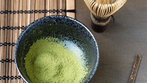 Why You Should Be Drinking Matcha Green Tea | StyleCaster
