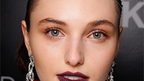 3 Ways to Combat Greasy Skin   StyleCaster