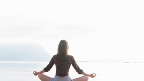 Meditation Apps: The New Way to De-Stress | StyleCaster