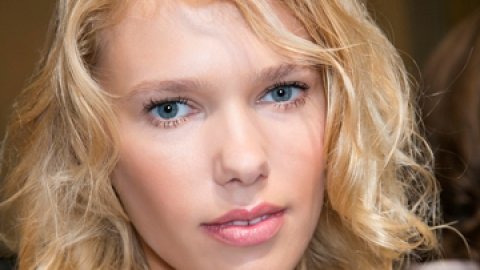 Your Complete Guide to Messy Curls   StyleCaster