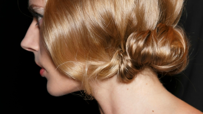 10 Ways to Wear Your Hair to Every Wedding This Season
