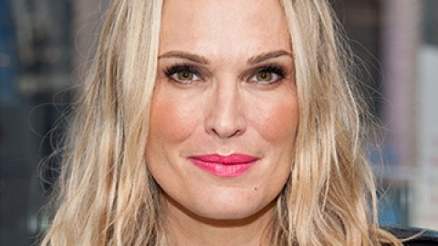 Molly Sims's Best Anti-Aging Secrets | StyleCaster