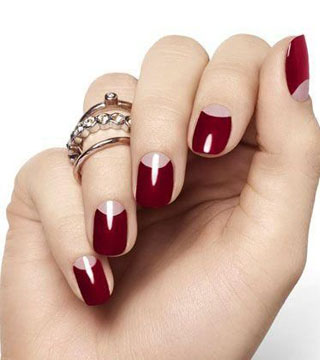 15 Holiday Nail Art Ideas from Pinterest