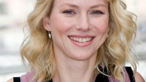 Naomi Watts Lands Ann Taylor Campaign | StyleCaster