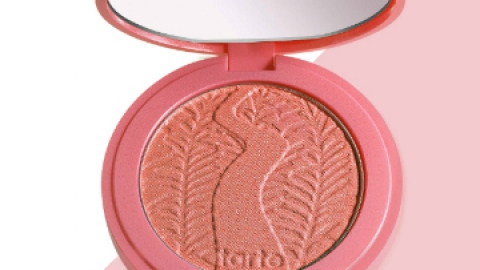 The 5 Best Natural-Looking Blushes (Ever) | StyleCaster