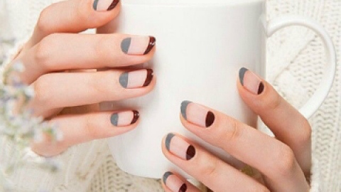 7 Negative Space Manicures You'll Love | StyleCaster