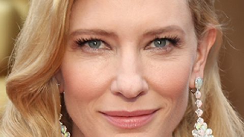 News: Cate Blanchett Talks Fragrance; How to Use Baby Powder for Bigger Lashes | StyleCaster