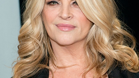 News: Kirstie Alley's Latest Weight Loss; Why You Should Shave Your Face | StyleCaster