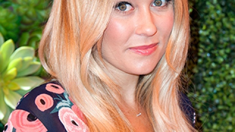 News: Lauren Conrad Gets a Lob; How to Make Eyes Look Brighter | StyleCaster