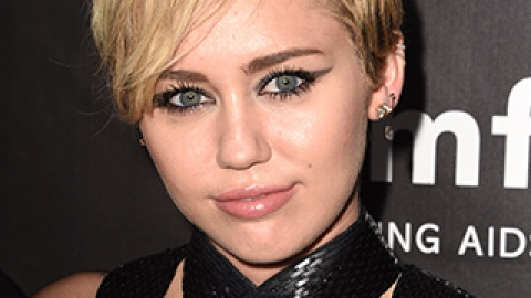 News: Miley Cyrus for MAC Cosmetics; The Most Ridiculous Beauty Splurges | StyleCaster