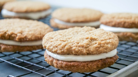 An Oatmeal Cookie Sandwich Recipe That's Better Than Anything You'll Find in a Package | StyleCaster