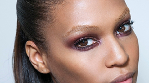 The Very Best Makeup for Oily Eyelids   StyleCaster