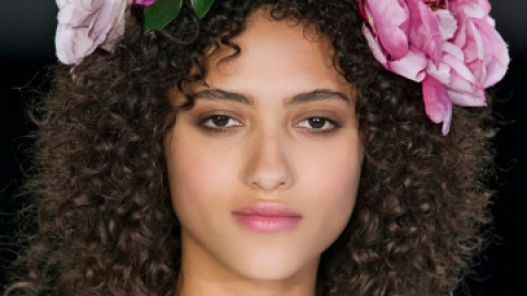 Simple Tricks for Styling Curly Hair   StyleCaster