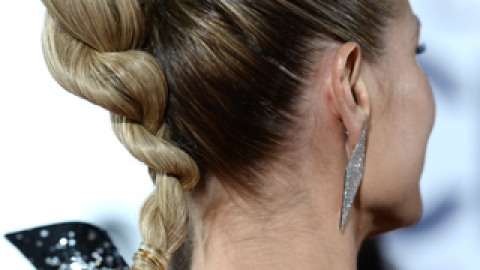 Make Over Your Bun and Ponytail, Straight from the People's Choice Awards | StyleCaster
