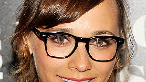 4 Makeup Tips For Girls With Glasses | StyleCaster