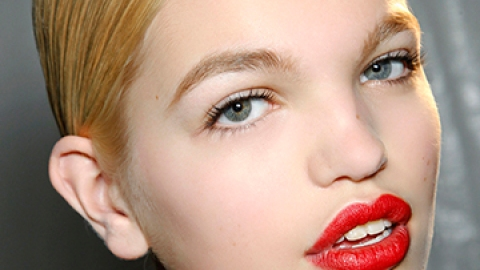 How to Find the Best Red Lipstick | StyleCaster