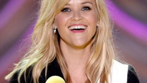 Get The Look: Reese Witherspoon at the MTV Movie Awards   StyleCaster
