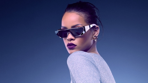 Here's the Wild Video for Rihanna's New Song 'Sledgehammer'  | StyleCaster