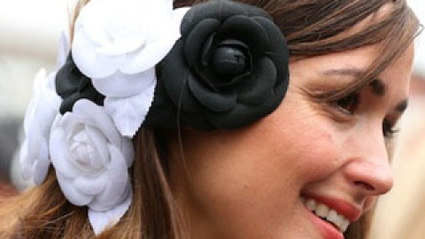 Statement Hair Accessories: Chic or Over-the-Top? | StyleCaster