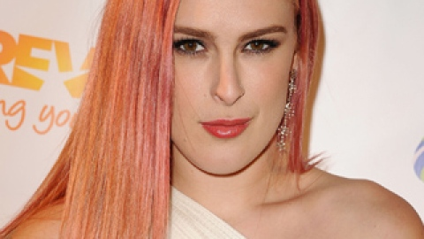 Makeover Alert! Rumer Willis Goes for a Bleached Angled Bob | StyleCaster