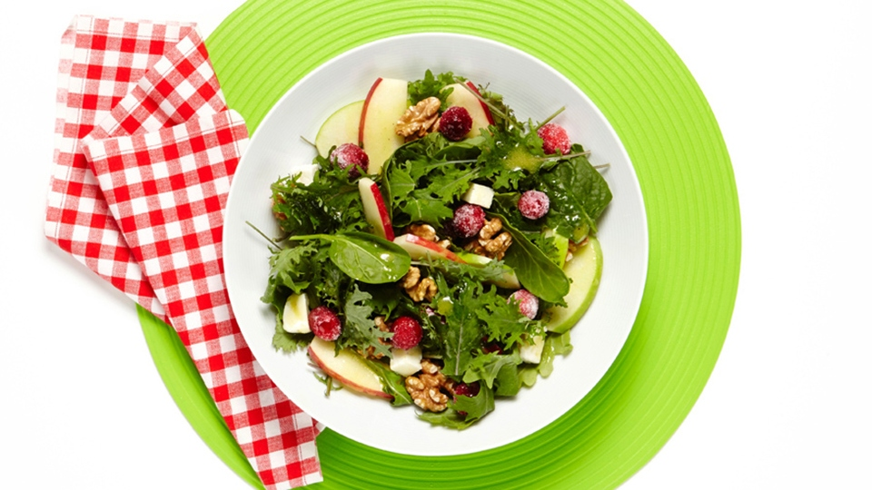 A Summer Salad You'll Want to Eat on Repeat   StyleCaster