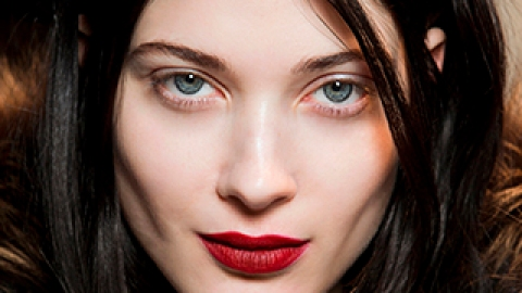 How to Find Your Signature Beauty Look | StyleCaster