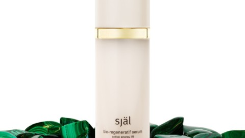 This Serum is Your Summer Beauty Essential | StyleCaster