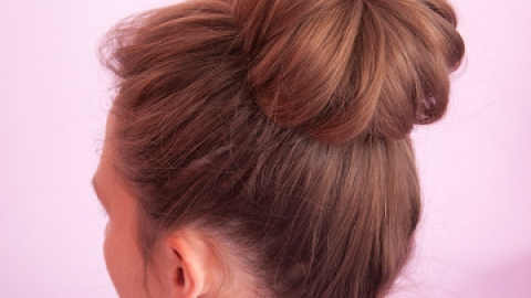 How to Do a Sock Bun (On Every Hair Type) | StyleCaster