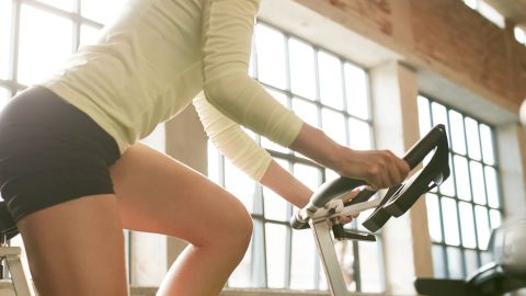 The Beginner's Stationary Bike Workout | StyleCaster