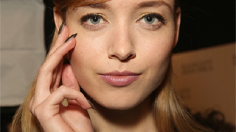 Our 4 Favorite Subtle Highlighters | StyleCaster