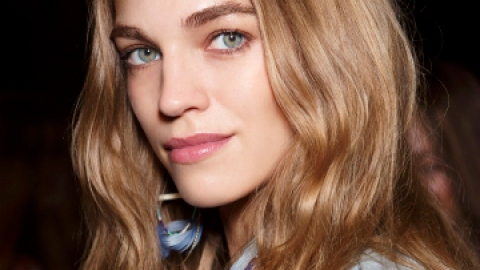 Sugar vs Salt Spray: Which is Best For Beach Waves? | StyleCaster