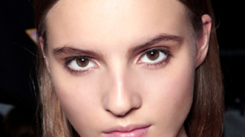The Best Ways to Combat Summer Breakouts | StyleCaster