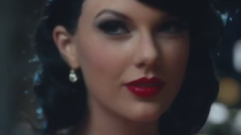 """Taylor Swift's """"Wildest Dreams"""" Hair 