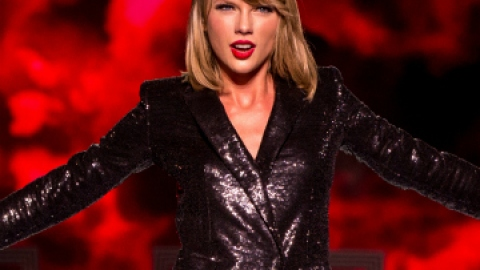 News: Taylor Swift is a Powerful Woman (Says Forbes) | StyleCaster