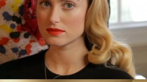 WATCH: How to Get Romantic Red Carpet Curls | StyleCaster