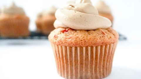 Step Up Your Baking Game with These Savory Tomato Cupcakes  | StyleCaster