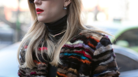 Cute Hairstyles to Wear With Turtlenecks | StyleCaster
