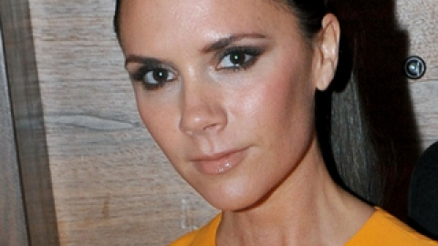 Victoria Beckham's Fave Beauty Products | StyleCaster