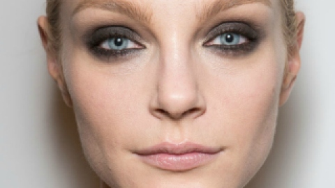 7 Beauty Looks From New York Fashion Week That You Can Actually Wear | StyleCaster
