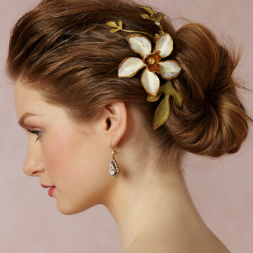 The Prettiest Hair Accessories for Your Wedding Day