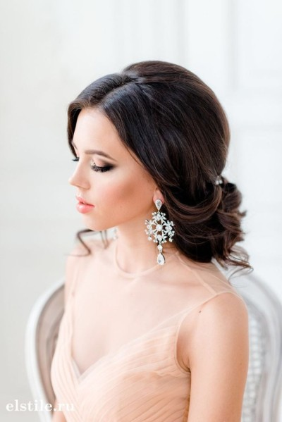 Amazing Wedding Hairstyles For Medium Length Hair Stylecaster