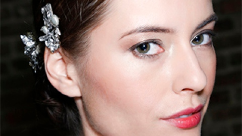 Gorgeous Wedding Lipstick Ideas You'll Love | StyleCaster