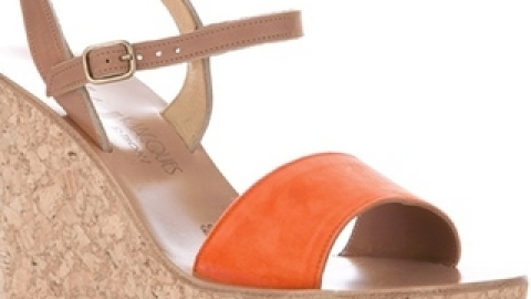 7 Sandals You'll Wear Every Day This Summer | StyleCaster
