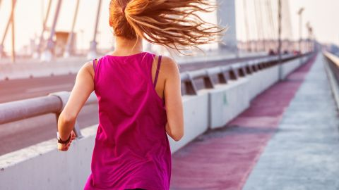 3 Genius Workout Hairstyles That Last | StyleCaster