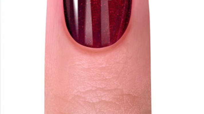 8 DIY Nail Designs to Try on Valentine's Day