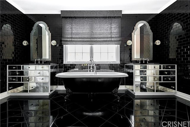 Ewing Associates, Sotheby's International Realty
