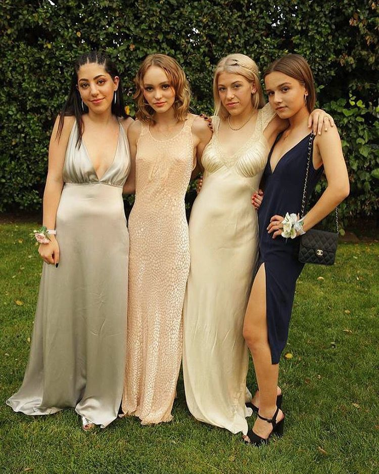 25efd 13392661 1712927368961259 794620851 n Tangible Proof That Even It Girls Go to Prom
