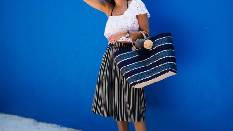 17 Bags to Help Schlep Your Stuff to the Beach This Weekend | StyleCaster