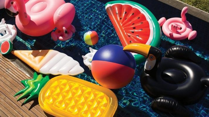 15 Inflatable Pool Floats to Prove to Instagram You're #Winning Summer So Hard
