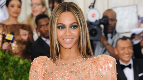 Drop What You're Doing and Watch Beyoncé's New Video | StyleCaster